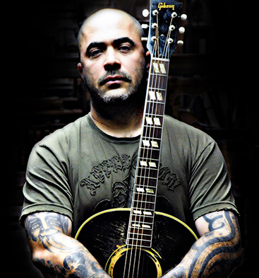 interview staind s aaron lewis goes acoustic with gibson. Black Bedroom Furniture Sets. Home Design Ideas